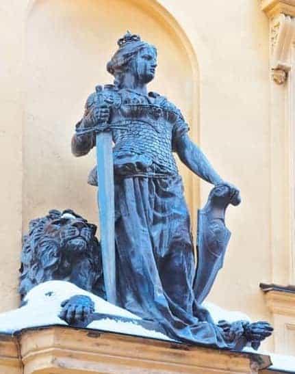 Viking woman statue