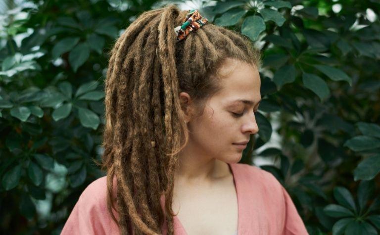 woman with dreadlocks hair