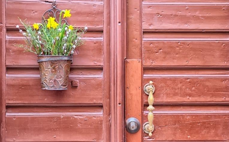 red door in sweden